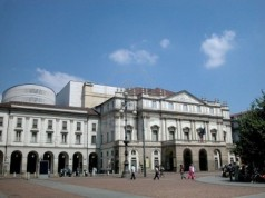 6514687-world-s-famous-theater-scala-in-milan-italy.jpeg
