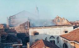 1004266-Incendie_de_La_Fenice.jpeg