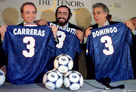 Three_tenors-Football.jpeg