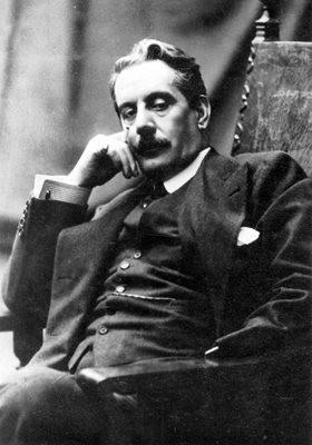 Puccini-portrait.jpg