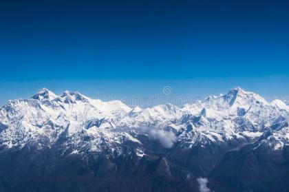 vue-aérienne-d-everest-et-de-makalu-44070858